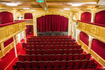 Théâtre 100 Noms